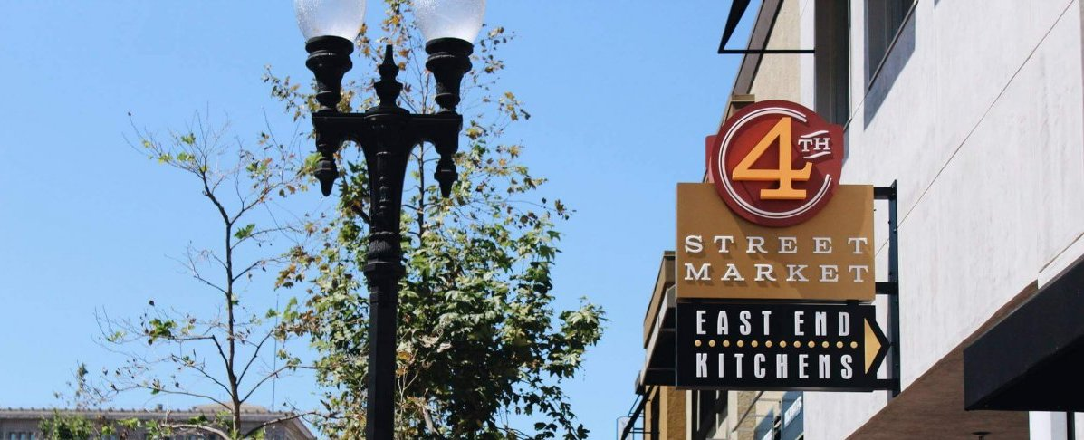 4th Street Market Sign